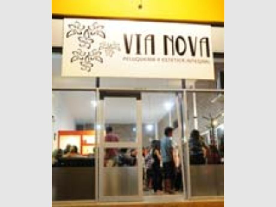 Via Nova estrena nuevo local. -