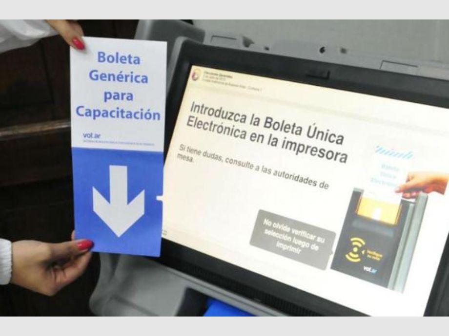 3658bce25 Puntapié inicial en enero para la reforma electoral | Diario de Cuyo ...