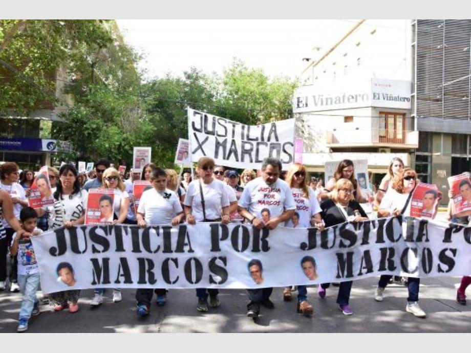 La familia de Marcos salió a la calle para pedir Justicia | Diario ...