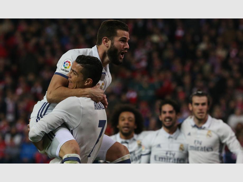 Real Madrid vence al Sporting de Gijón con doblete de Cristiano Ronaldo