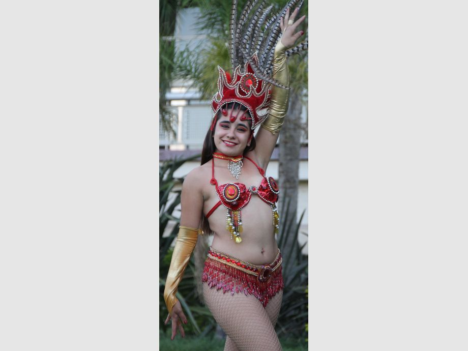 Guadalupe Pinto.Tiene 18 años y se encuentra cursando la carrera de Enología. Es del departamento Rivadavia. - Carnaval Chimbas 2017