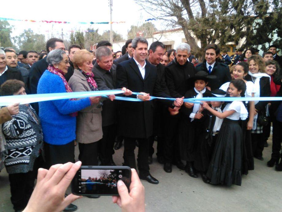 Uñac anunció 200 casas y gas para Jáchal