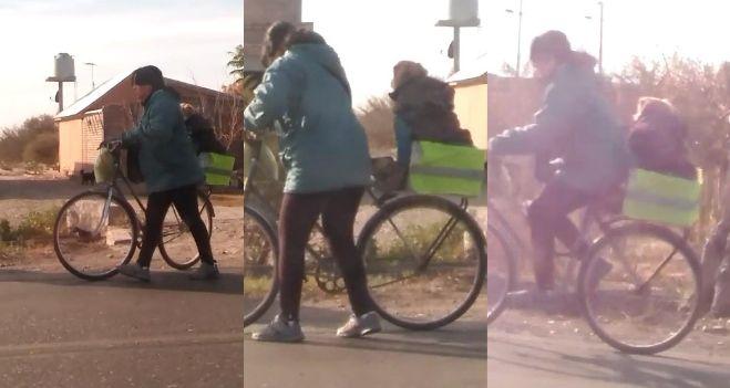 Actriz se pase desnuda en bicicleta por las calles de