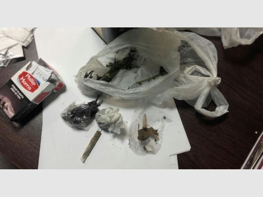Policías ocultaban droga que luego plantaban en allanamientos