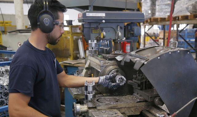 Descenso directo| La producción industrial pyme en picada