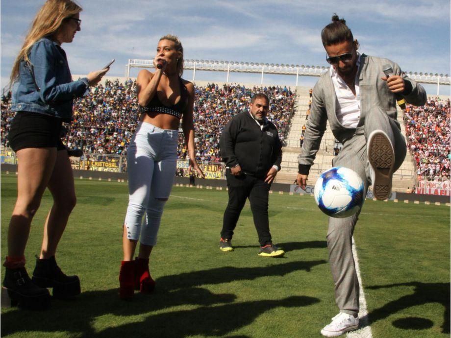 Cuando el f tbol se mezcl con la far ndula diario de for Farandula argentina de hoy