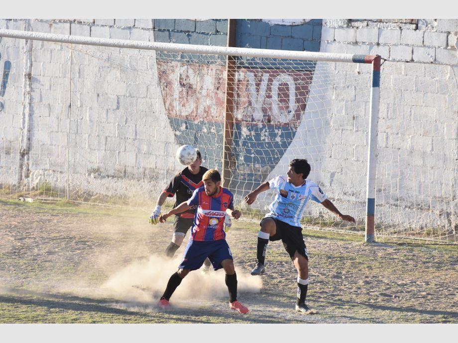 Villa Obrera igualó con Alianza y Defensores de Boca le ganó a Trinidad - Federal B