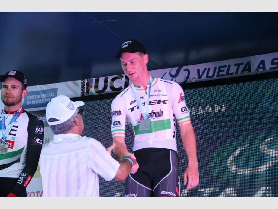 El irlandés Ryan Mullen se lleva la crono, italiano Ganna nuevo líder