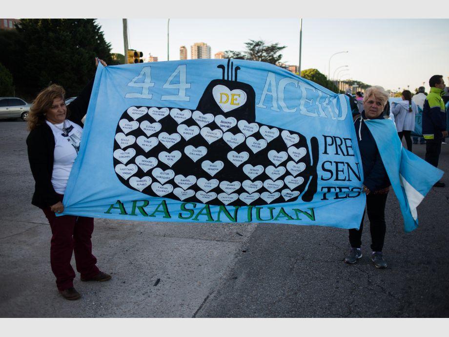 Aguad dará explicaciones hoy ante el Congreso — ARA San Juan