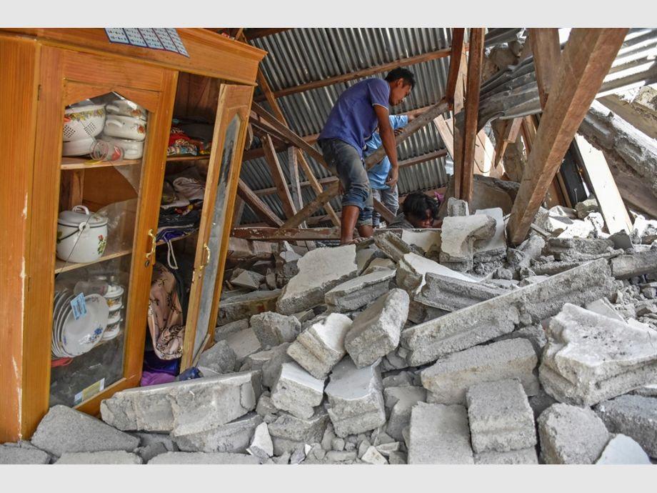Terremoto en Indonesia deja al menos 3 muertos y 12 heridos