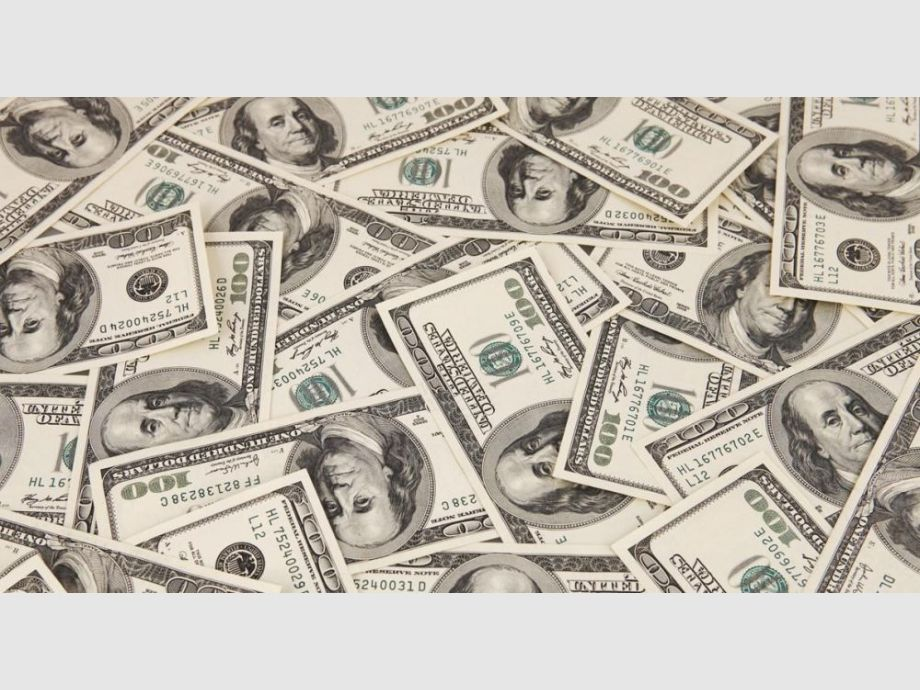 El dólar supera los $ 30 en algunos bancos