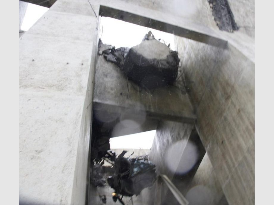 Colapsó el puente de una autopista en Génova — Impactante