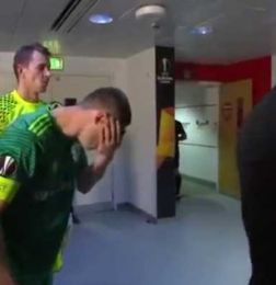 Video: la repugnante forma de refrescarse de un futbolista -