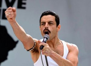 Freddy Mercury, en grande - Cine Estrenos Bohemian Rhapsody Freddy Mercury Cinemacenter Play Cinema