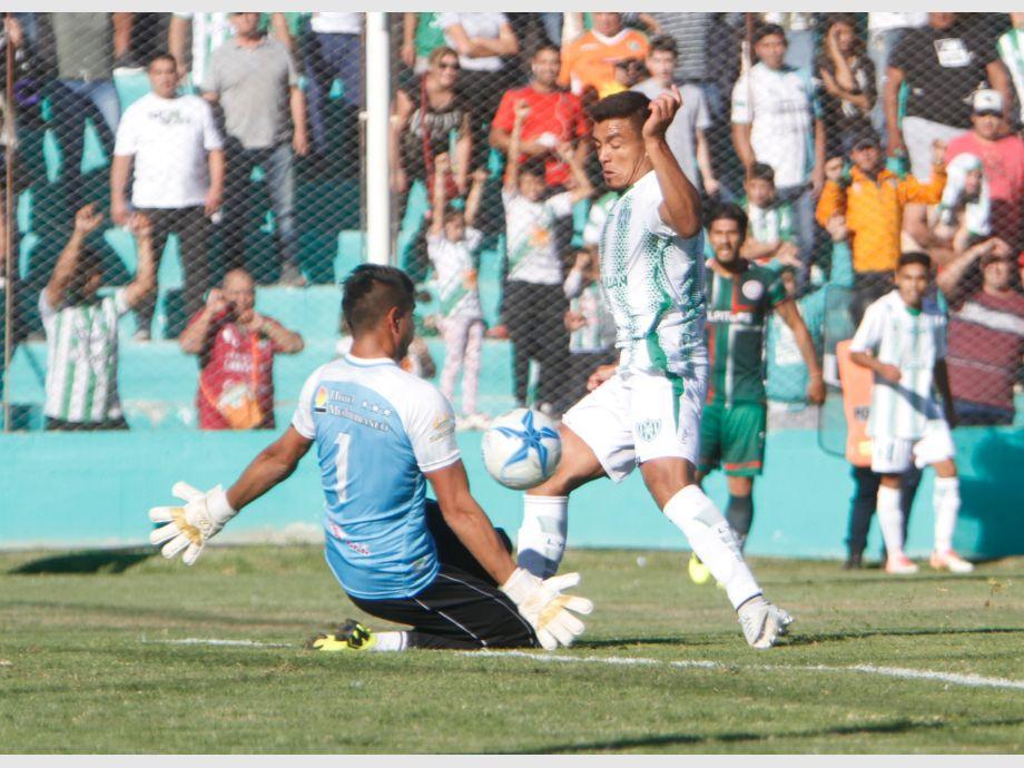 Desamparados perdió 3 a 0 ante San Jorge y deberá revertir el resultado en Tucumán - Sportivo