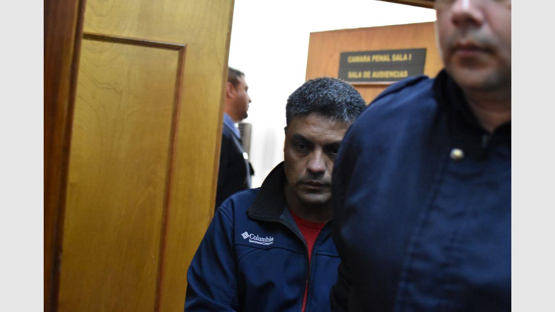 Condenaron a 20 años a un sujeto que violó a una hija y manoseó a otra -