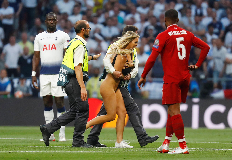 Championes de Mujer — Stadium