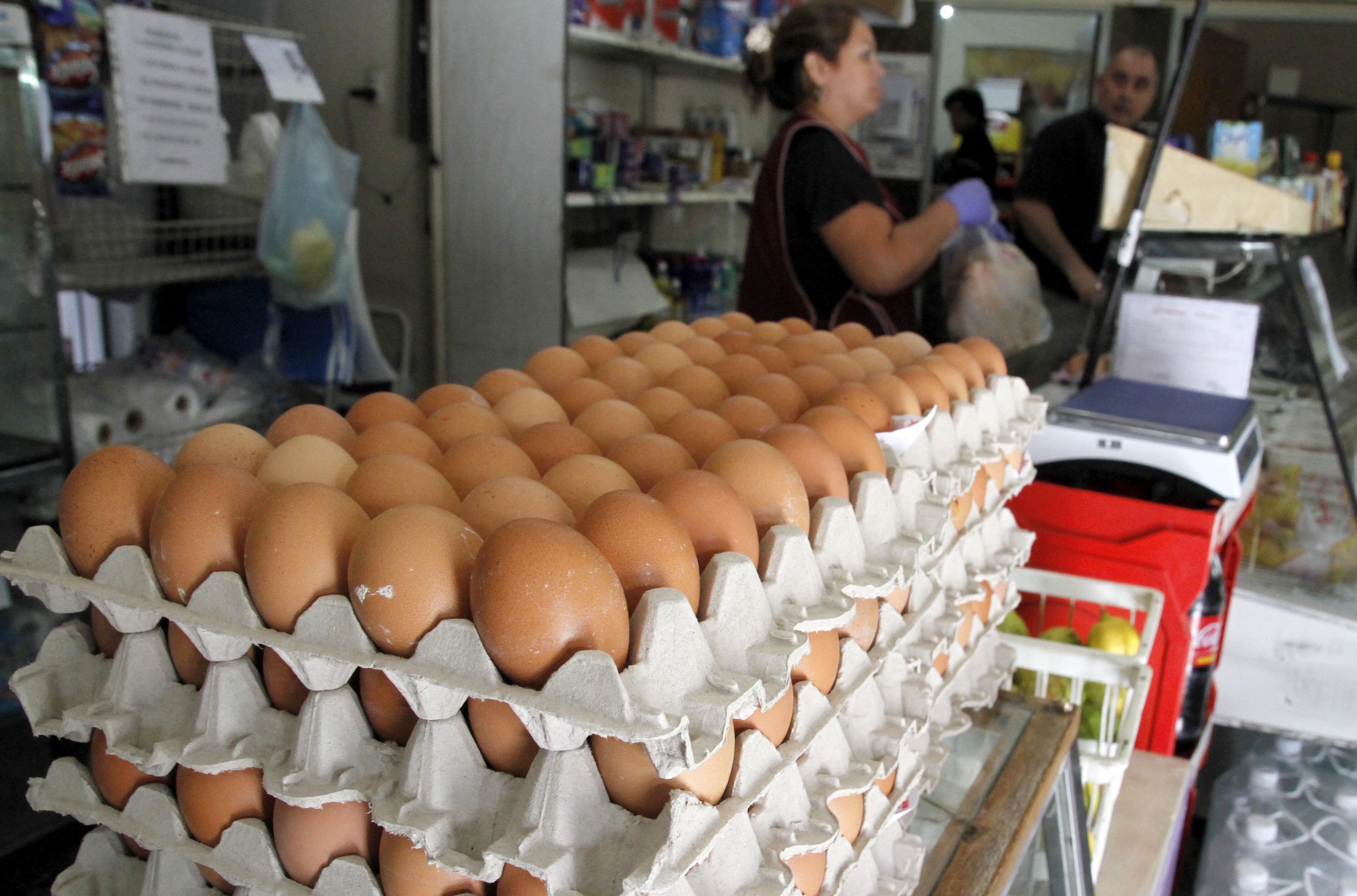 El precio del huevo subió hasta un 25% y dicen que las ventas se ...