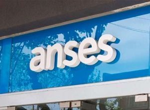 ANSES: jubilados y beneficiarios de Ingreso Familiar Emergencia que cobrarán este jueves 30 - ANSES calendario de pagos jubilados pensionados IFE ingreso familiar de emergencia pensiones no contributivas