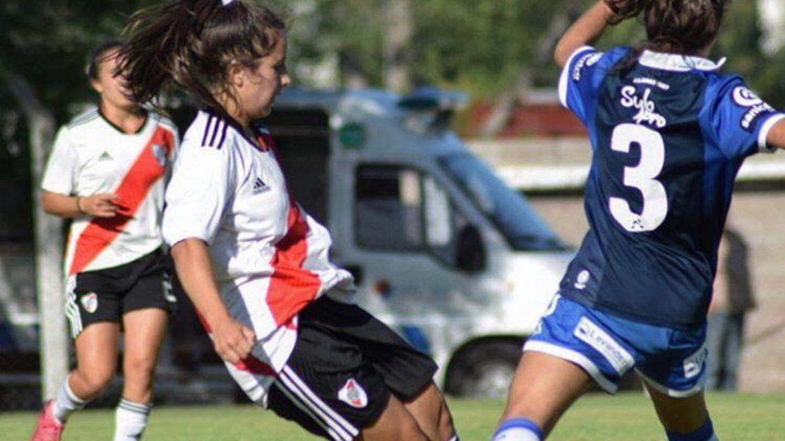 Otro caso de coronavirus en el fútbol femenino: una jugadora de ...