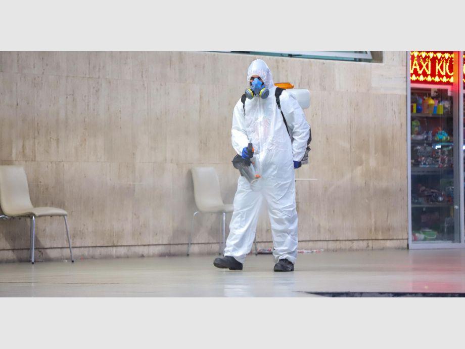 Hubo desinfecciones en la terminal de ómnibus tras el arribo de las tres mujeres desde Perú. -