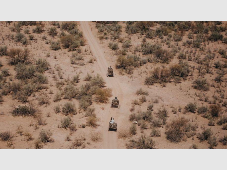 Esta imagen aérea fue tomada el 20 de agosto pasado el mediodía en pleno desierto sanjuanino, en el límite sureste. - coronavirus en San Juan Caucete Cierre de un barrio caucetero por covid-19