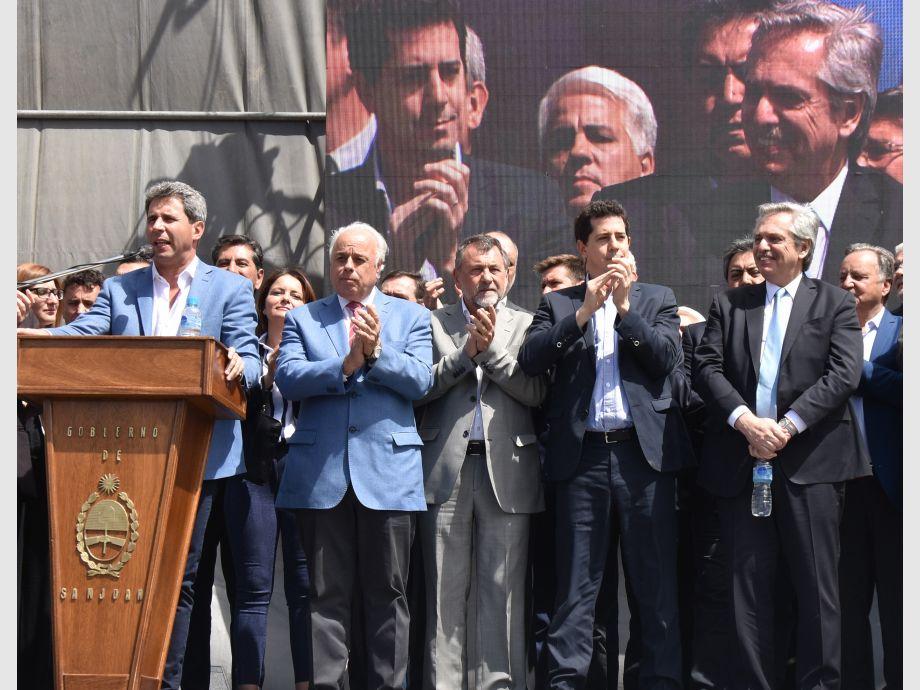 La última. Alberto Fernández estuvo en San Juan el 1 de octubre de 2019, de campaña para la elección general. Uñac le preparó un acto durante la inauguración de la ampliación del Parque de Mayo. - Alberto Fernández Penal de Ullum