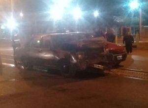 Una familia entera terminó en el hospital tras protagonizar un accidente en Rivadavia - Accidente Rivadavia