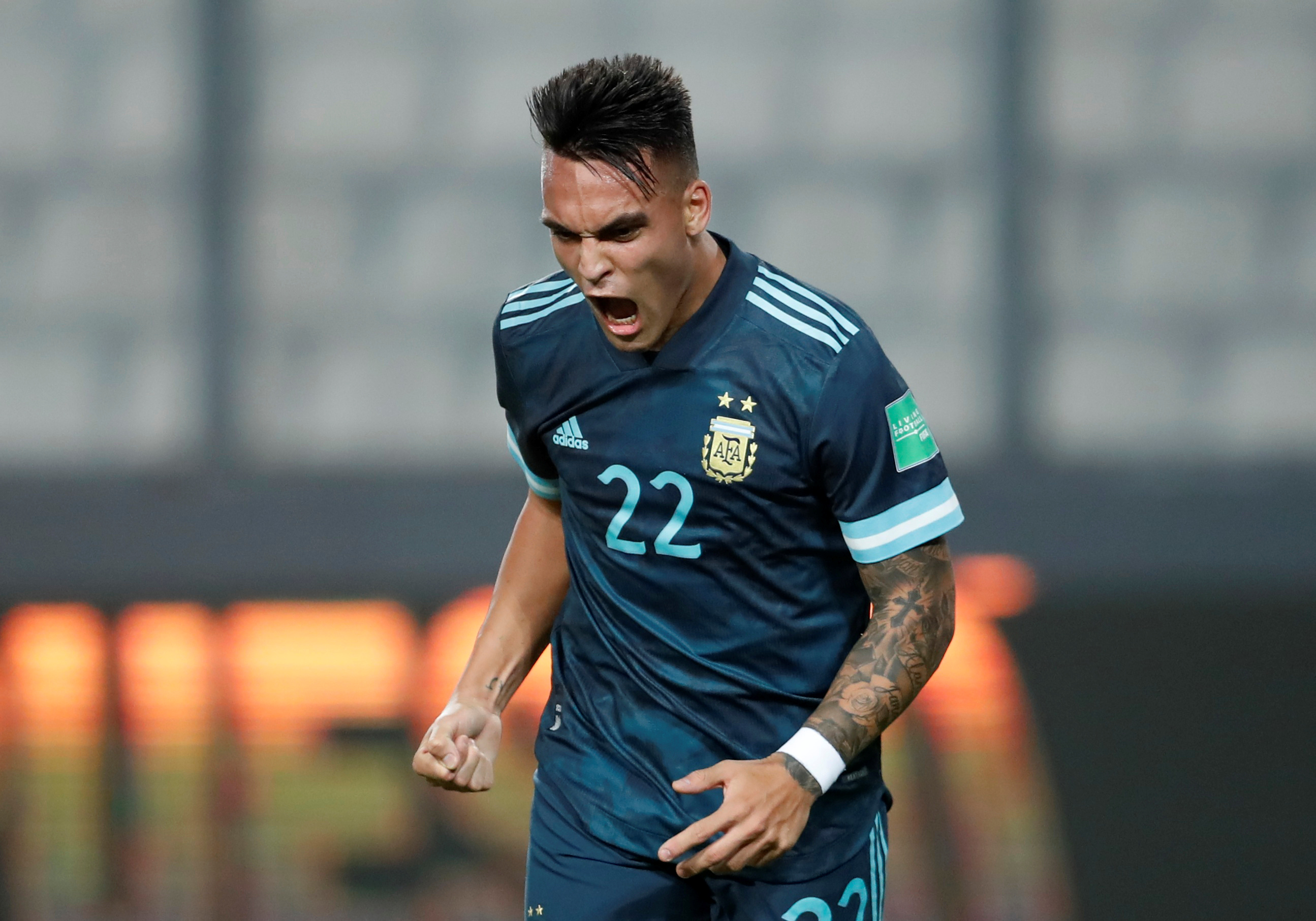Argentina mejoró su imagen y derrotó a Perú en Lima