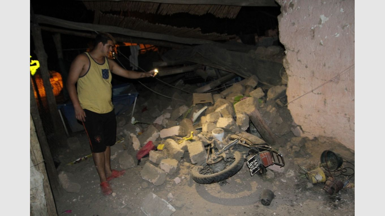Familias de Pocito y Sarmiento: el dolor de ver las ruinas y la necesidad de volver a empezar - Terremoto en San Juan