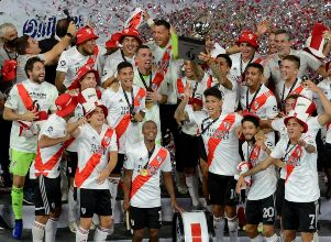 Un River brillante goleó a Racing y se llevó la Supercopa Argentina - Supercopa River Racing Club