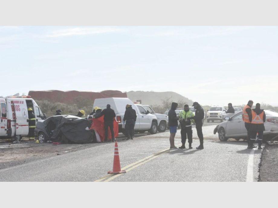 Una pareja de sanjuaninos murió en un terrible choque en el Sur y sus hijos están grave - Accidente de Tránsito Una pareja de Albardón murió en Río Negro