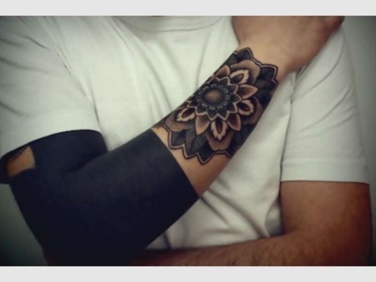 Advierten Sobre La Peligrosidad De Los Tatuajes Que Están De Moda