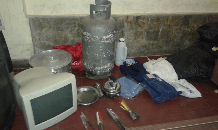 Detuvieron a 2 personas por el robo en la escuela de - Robo de cocina ...