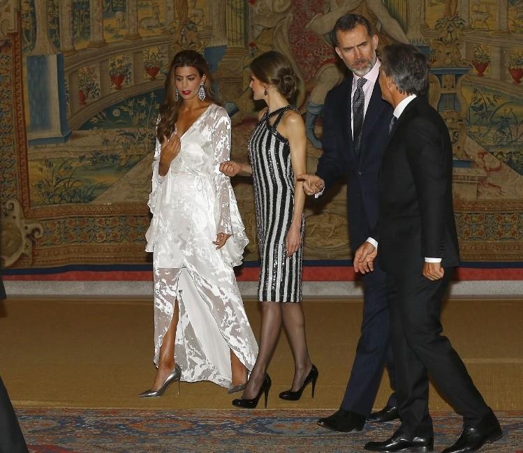 Locro Y Antonia En La Cena De Macri Para Los Reyes