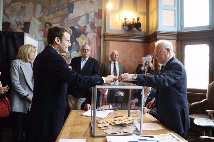 Inician votaciones en Francia entre fuertes medidas de seguridad