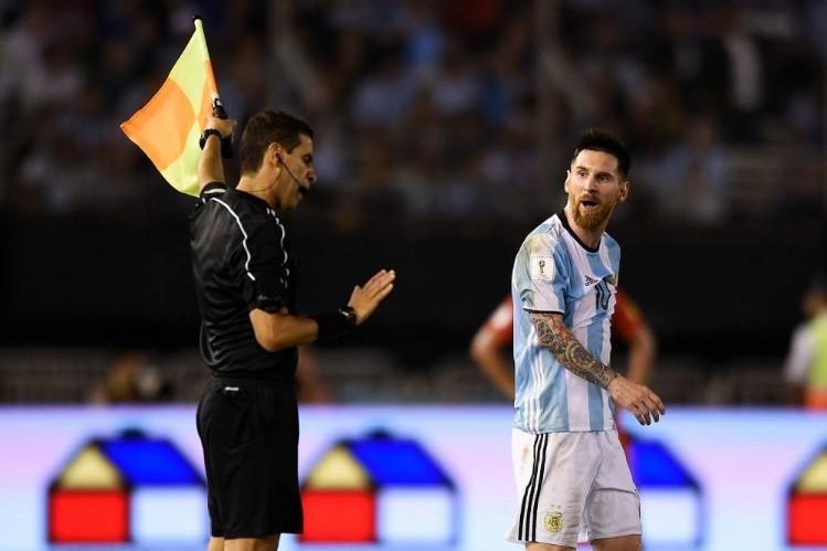 Messi no viajará a la FIFA para hacer su descargo