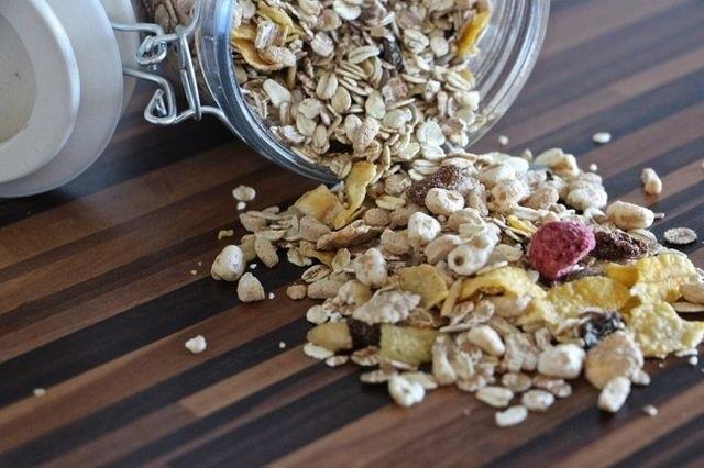 Aceites de oliva, snacks y suplementos dietéticos — Prohibiciones del ANMAT