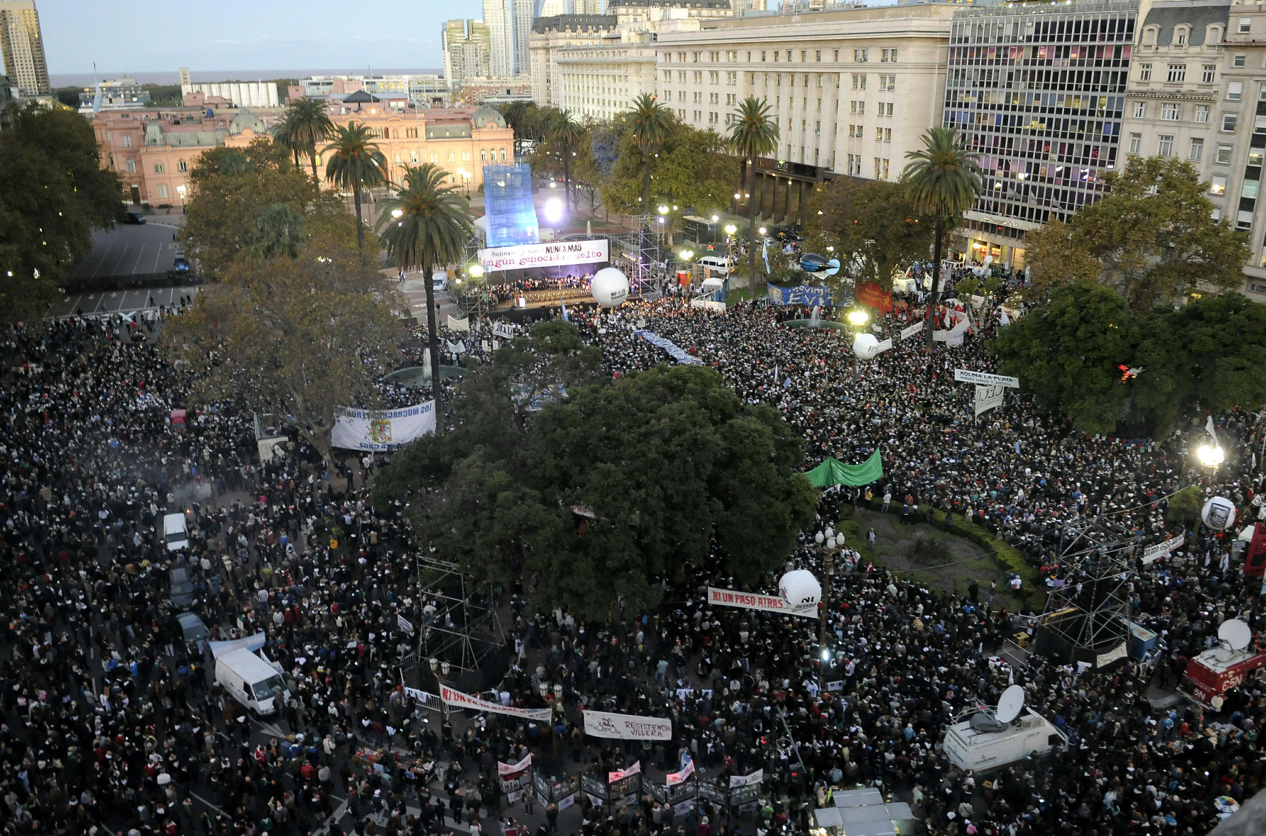 Menschenrechtsgruppen, Anwälte, Gewerkschaften, soziale Organisationen und politische Parteien einig gegen vorzeitige Freilassung