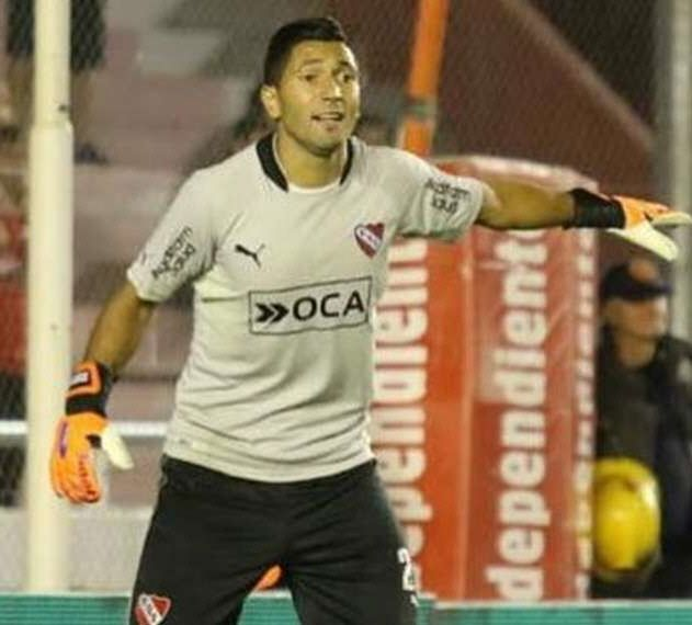 Independiente intenta refrendar virtudes ante Racing — Mirá en vivo