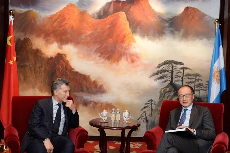 Télam, 15/05/2017 Beijing - China El presidente Mauricio Macri se reunió con el títular del Banco Mundial Jim Yong Kim.  Foto: Presidencia