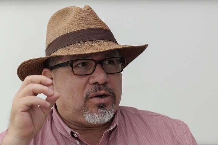 Encaran periodistas a gobernador de Sinaloa tras asesinato de Javier Valdez