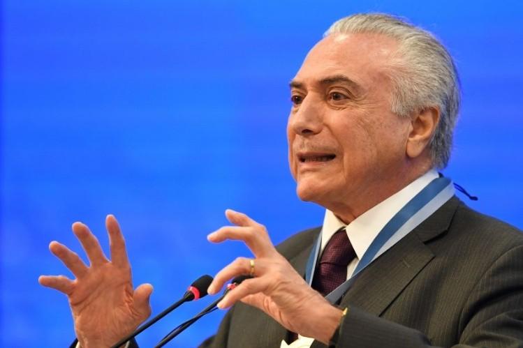 Brasil: Temer afirma que nunca pagó por el silencio de diputado encarcelado
