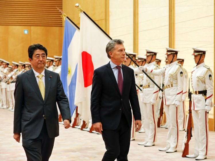 Macri finalizó la gira asiática y vuelve al país