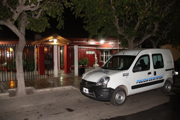Internaron a dos ancianos tras un brutal asalto domiciliario