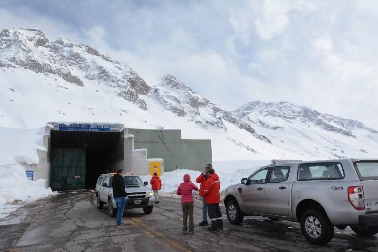 El Paso a Chile continúa cerrado por intensas nevadas