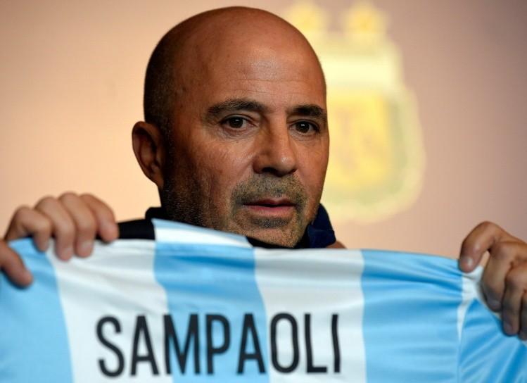 Sampaoli ya está en Australia para el gran debut