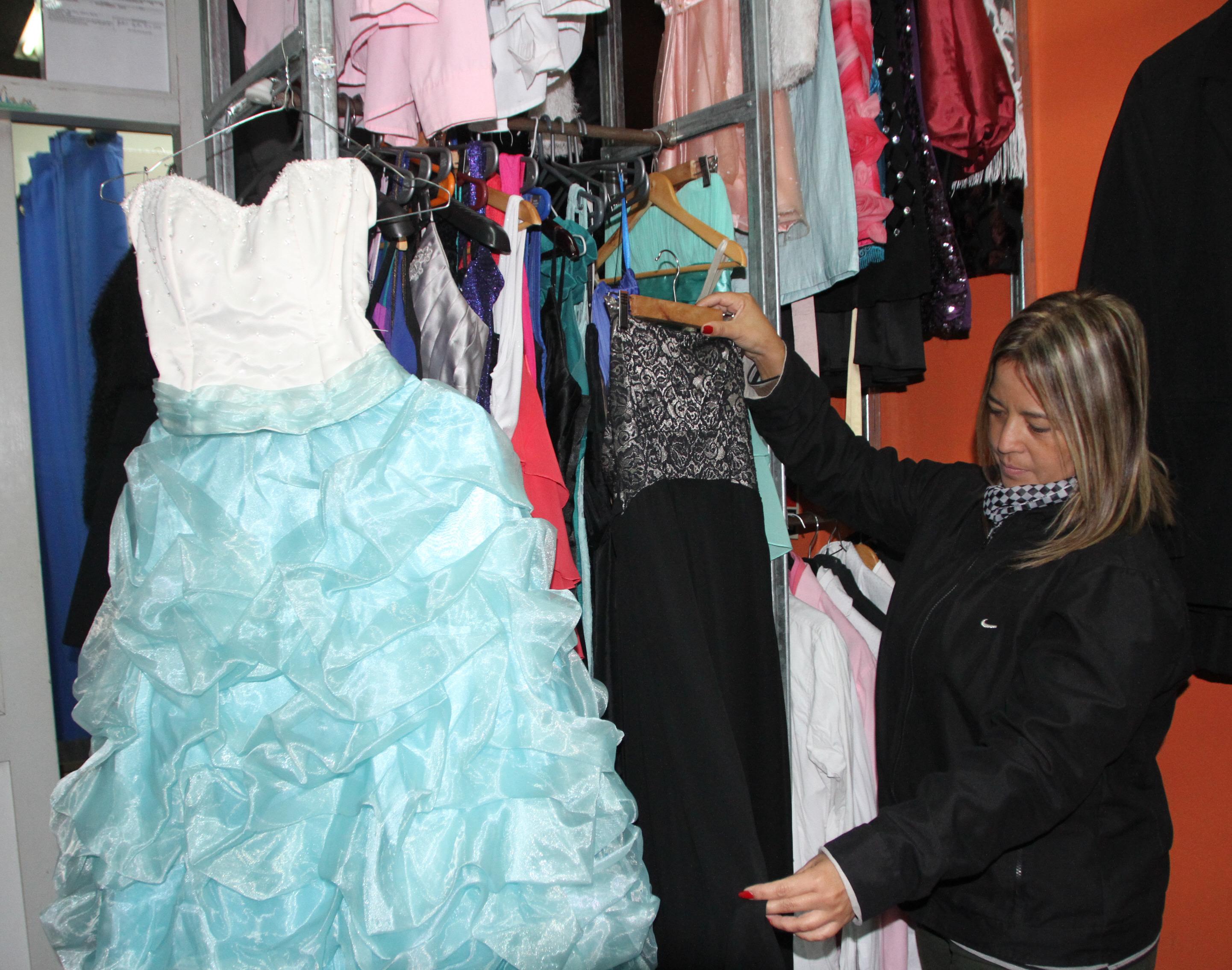 varios estilos online para la venta imágenes detalladas El negocio del alquiler de ropa para las fiestas aumentó un ...