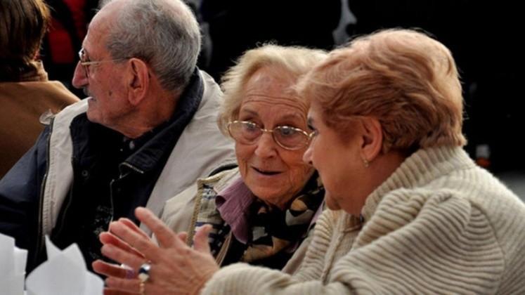 Buscan subir la edad de jubilación 5 años, pero sería optativa