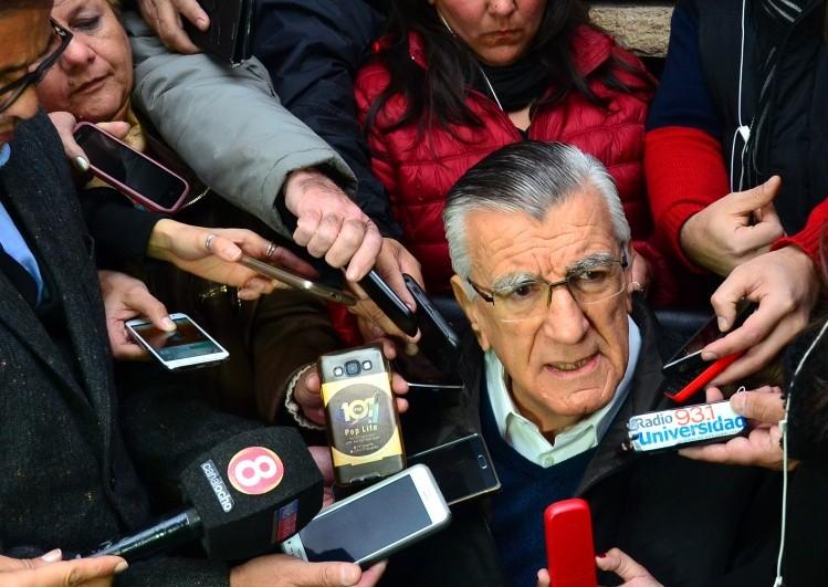José Luis Gioja no será candidato en San Juan